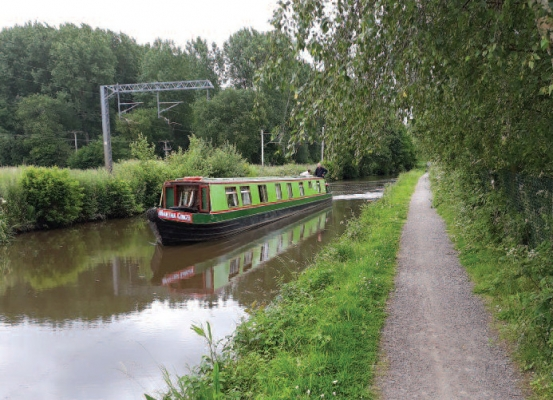 Barge-holiday